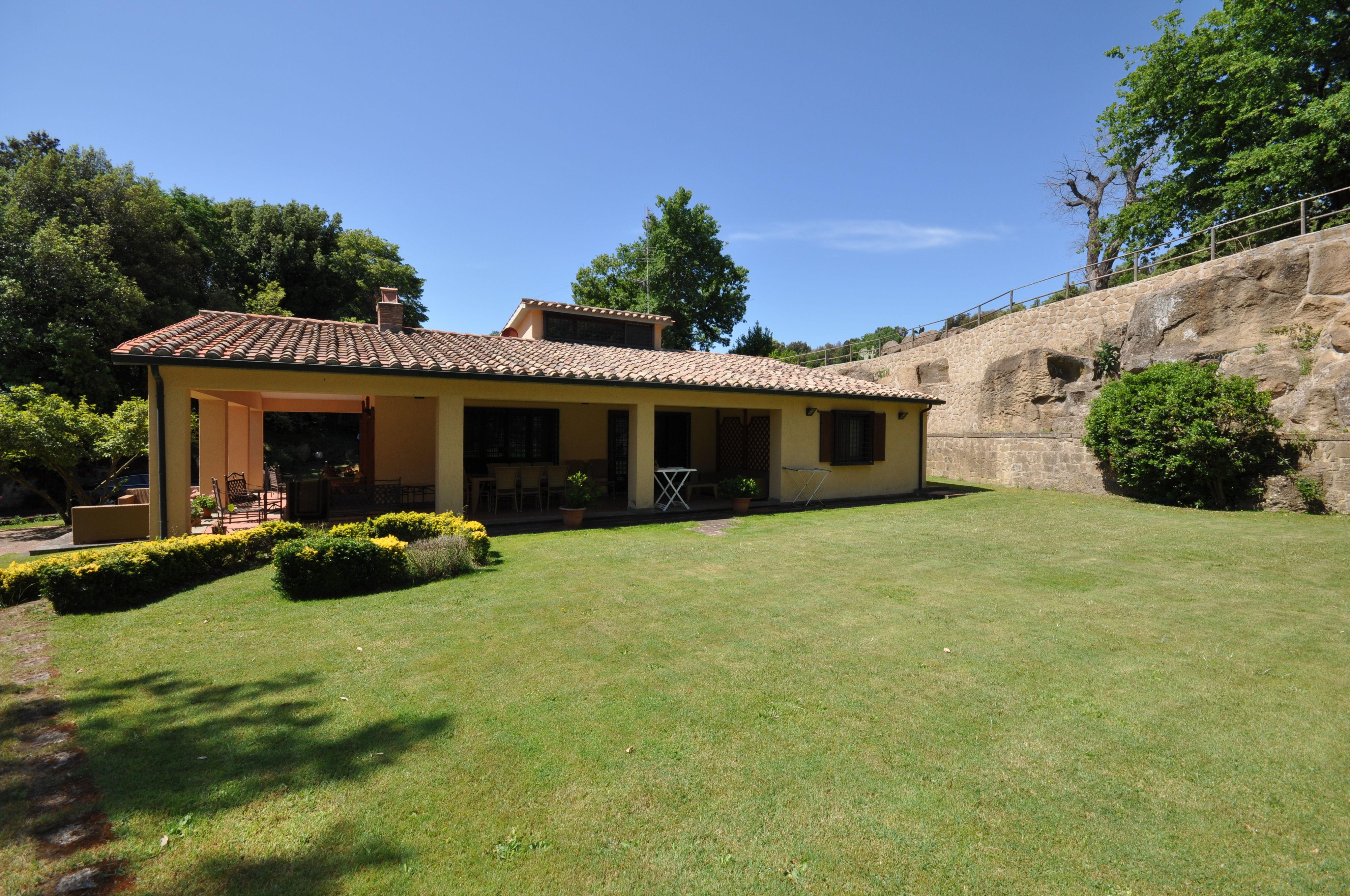 Villa Pitigliano :
