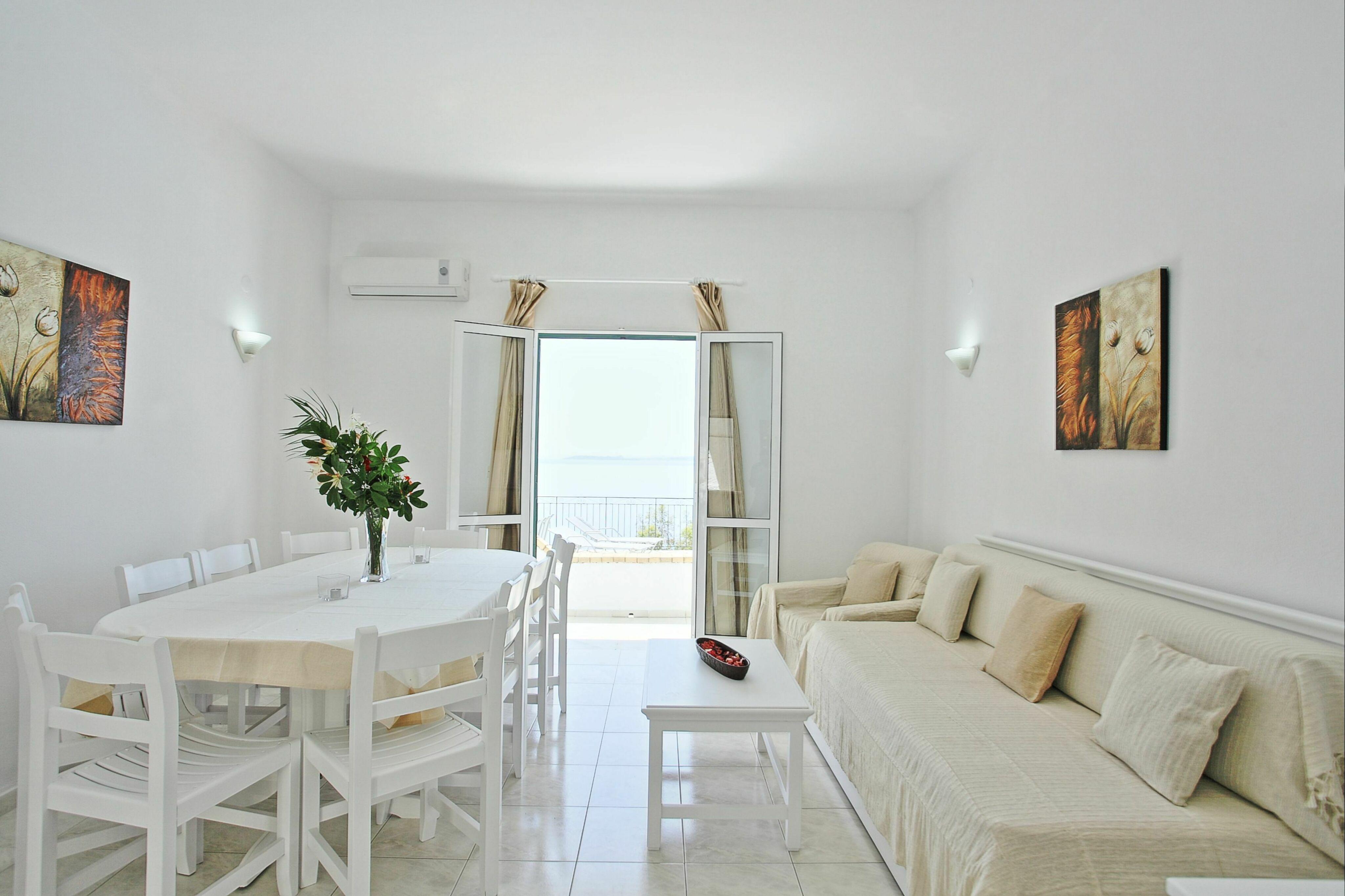 Villa Eleni :