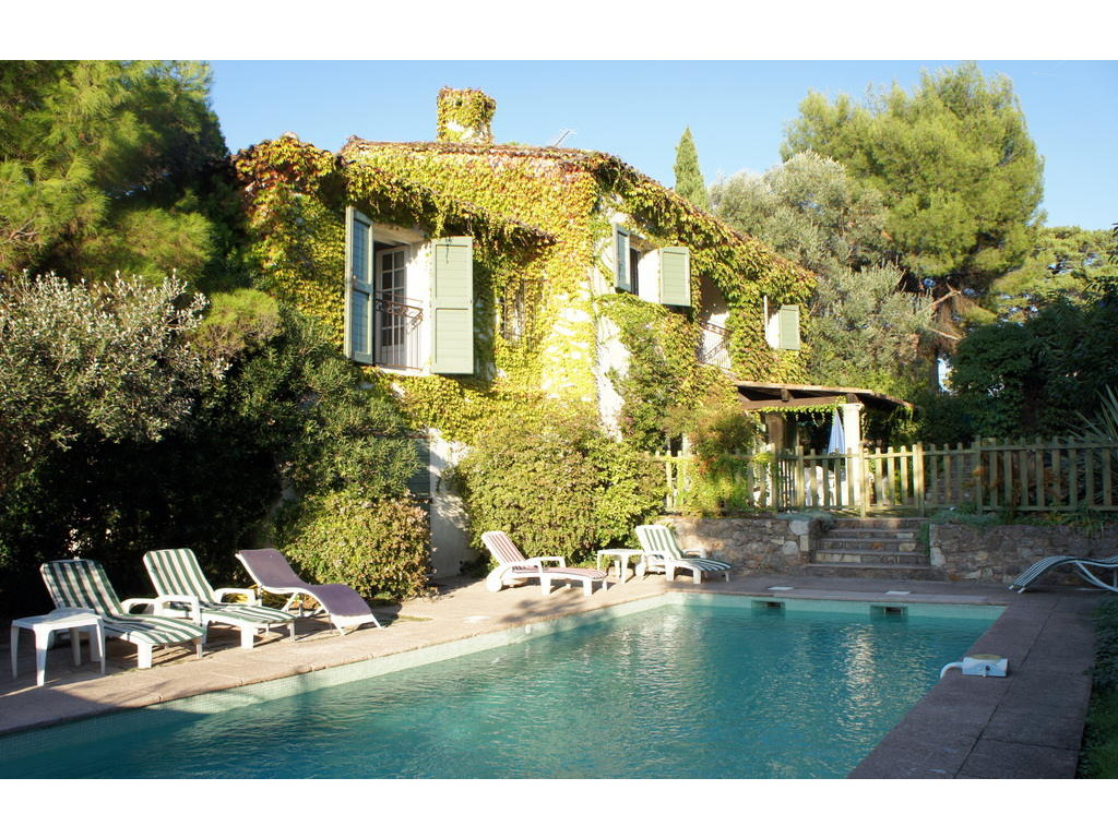 Maison cote sud best country chic french country french - Maison de vacances deborah french design ...