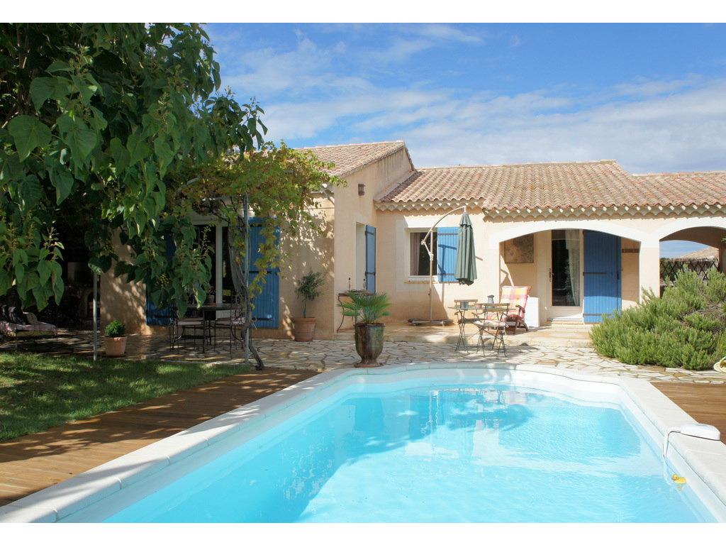 Maison 6 personnes roquemaure saintjoseph provence romaine - La maison de la piscine ...