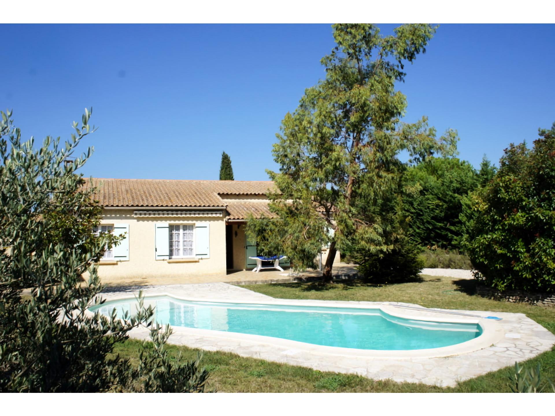 Location maison ind pendante 8 personnes plan d 39 orgon for Villa a louer en provence avec piscine