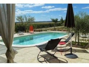 Maison GARRIGUES SAINTE EULALIE Provence Romaine