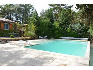 Location maison et villa vacances provence et sud france for Location maison avec piscine gorges du verdon